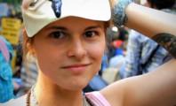 Ativista do Occupy Jurerê das antigas, portanto liberada para protestar
