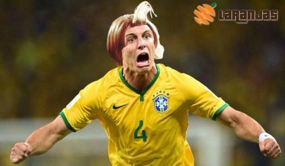 David Luiz ficou irritado com o problema que está afetando seu cabelo
