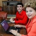 Filho da Empregada e Dilma Rousseff durante a coletiva via Twitter